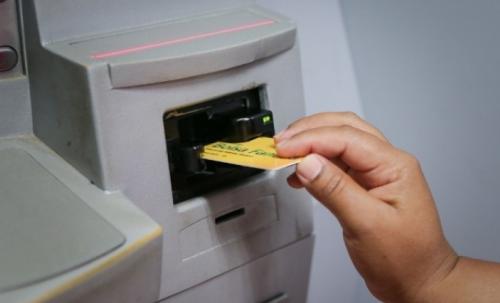 Governo cancela 1,3 milhão de benefícios do Bolsa Família em 2019