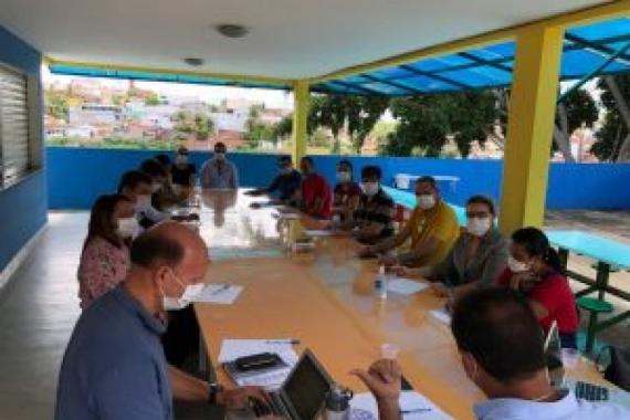 COVID-19: Prefeita Socorro Brilhante faz parte de comissão de gestores para tratar medidas de prevenção contra o vírus